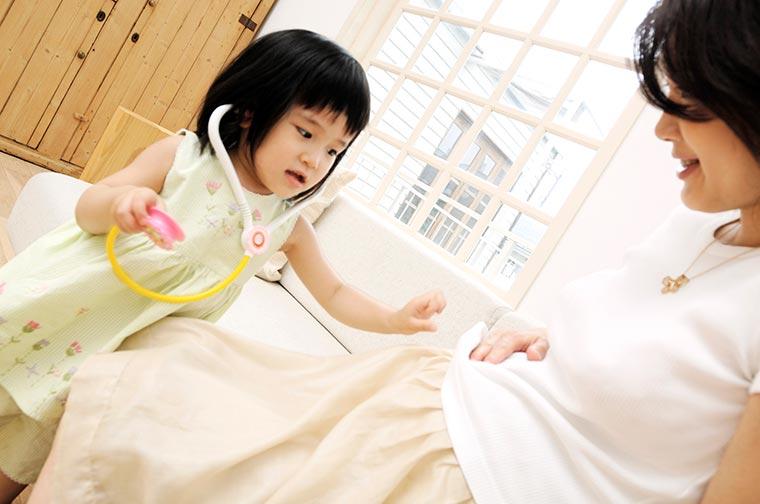 お母様のお口の中の状態が、「虫歯になりやすい子」を作ります